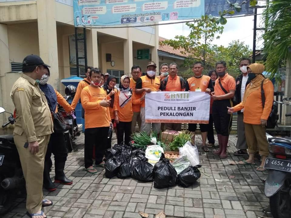 BMH Bantu Korban Banjir Pekalongan Utara